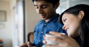 Erkekler Online Flörtte Emojileri Kadınlardan Daha Çok Kullanıyor