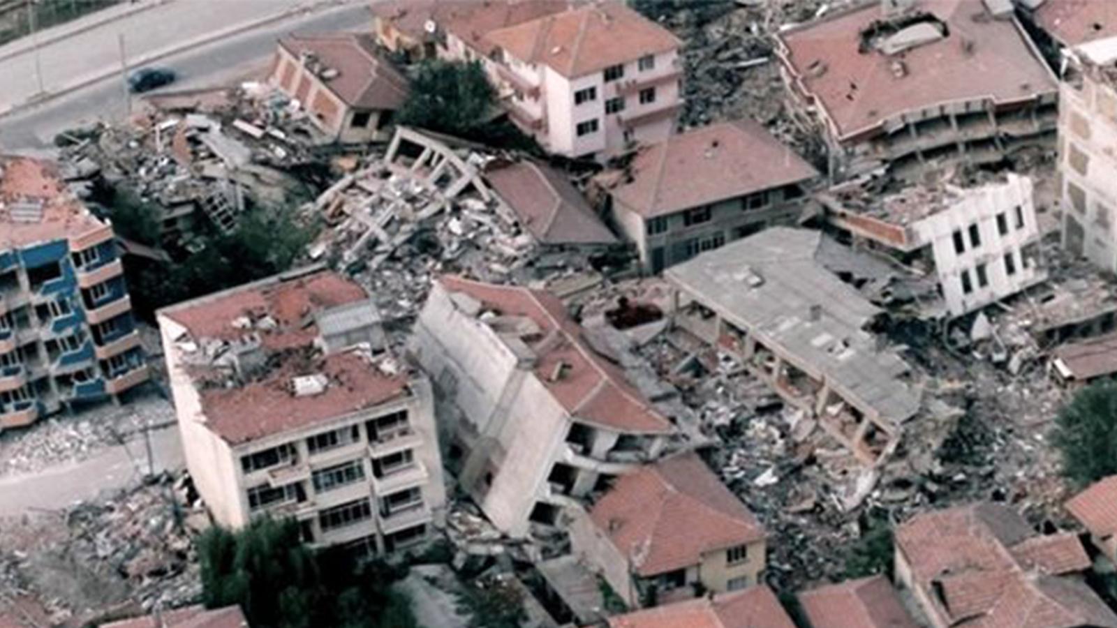 prof-dr-naci-gorur-istanbul-depremi-konusunda-uyardi