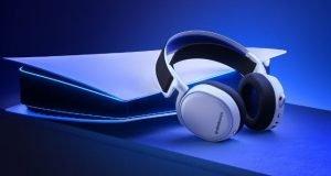 Gezegende-steelseries-en-cok-satan-arctis-7yi-yeni-nesil-playstation-icin-yeniden-tasarliyor